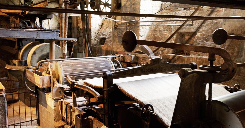 Arbeiten und Leben in einer Papiermühle